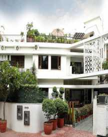 Get up to 70% off on Guest Houses in Delhi